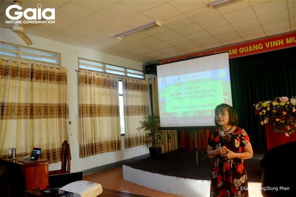 Bà Trịnh Thị Long – Điều phối Chương trình Nước, WWF khai mạc buổi tập huấn.
