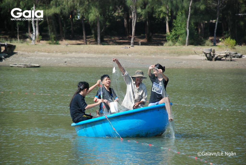 Học cách đánh cá bền vững và trải nghiệm thả lưới bắt cá