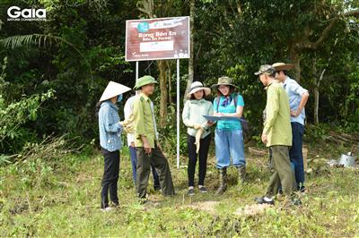 Trao đổi, thống nhất kỹ thuật trồng cây tại Bến En