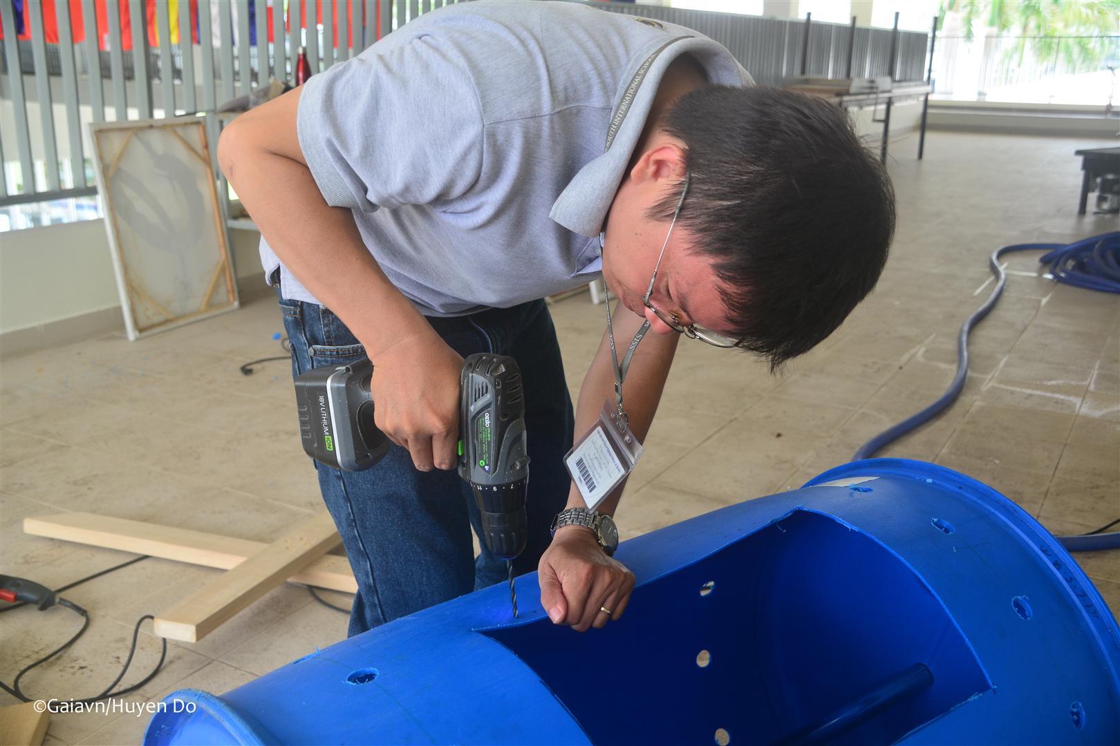 Chế tạo thùng compost