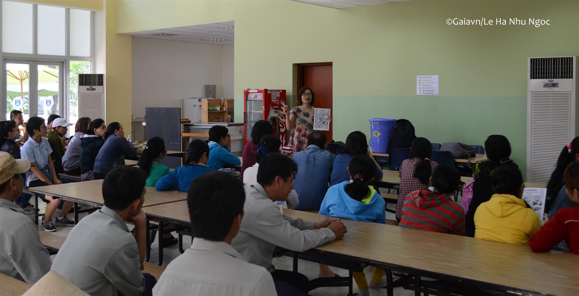 Chương trình tập huấn các nhóm liên quan
