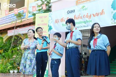 Giáo viên trường An Phú nói về các cây xanh tại trường.